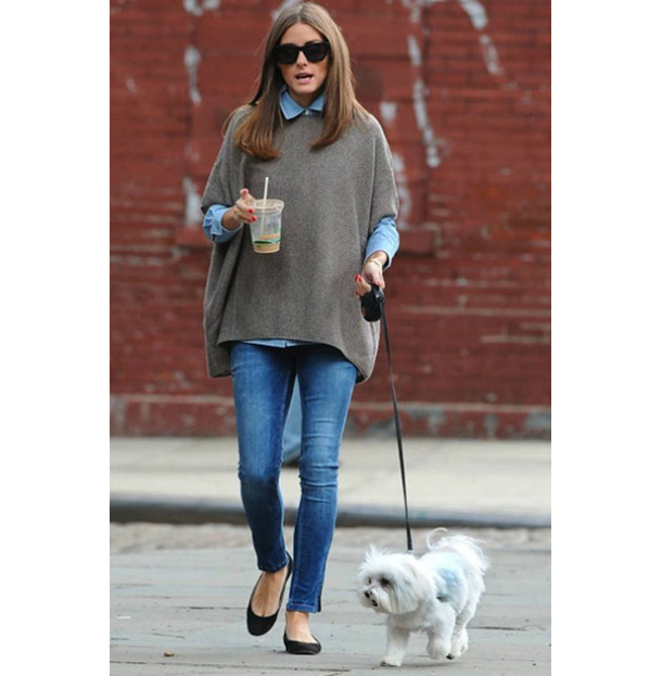 Dog-Walking-Style-Olivia-Palermo-1.jpg